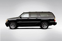 2006 GMC Yukon XL 1500 Denali in Black - Drivers Side Profile