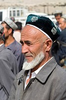 China, Xinjiang, Keriya, Uyghur man