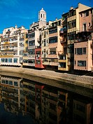 River Onyar and cathedral, old town, Girona. Catalonia, Spain