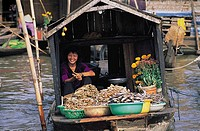 Floating market, phung hiep, Mekong delta, Vietnam