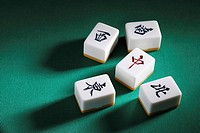 Mahjong tiles (thumbnail)
