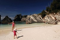 Bermuda. Overseas Territory of the United Kingdom _ Main Island. Beach at Horseshoe Bay