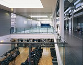 BATH UNIVERSITY SPORTS VILLAGE, UNIVERSITY OF BATH, BATH, BATH & N E SOMERSET, UK, DAVID MORLEY ARCHITECTS, INTERIOR, CONCOURSE AND GYM BELOW