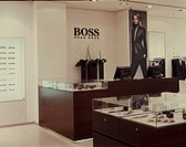 HUGO BOSS SHOP, THE METQUATER WHITECHAPLE, LIVERPOOL, MERSEYSIDE, UK, DALZIEL & POW, INTERIOR, WOMENS DEPARTMENT COUNTER