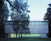 GOETZ COLLECTION/SAMMLUNG GOETZ, MUNICH, GERMANY, HERZOG & DE MEURON, EXTERIOR, GARDEN ELEVATION DUSK