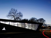 MAGGIE'S CENTRE, VICTORIA HOSPITAL, HAYFIELD ROAD, KIRKCALDY, FIFE, UK, ZAHA HADID ARCHITECTS, EXTERIOR, EXTERIOR NIGHT