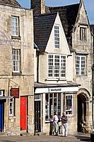 Burford, High Street, Oxfordshire, England.