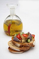 Crostini with vegetables and chilli oil