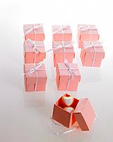 Small gift boxes with candy hearts