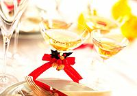 Two Wineglasses, White Wine