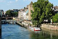 France, Europe, Bas_Rhin, Alsace, Strasbourg, Strassburg, Petit France, towers, medieval, Ponts Couverts, river L'Ill