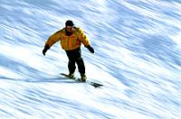 Mountain - St Martin de Belleville - Winter - Snowboarder (thumbnail)