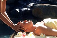 Spa - Treatment - Massage- Hot coconut oil massage (thumbnail)