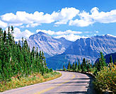 Going to the Sun Highway, Glacier National Park in September, Montana, USA