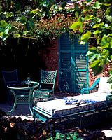 Summery garden seat