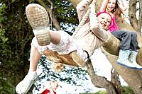 Young girl on rope swing (thumbnail)