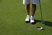 Golfing Putt