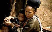 Thailand Meo Hue Tribe, Woman and Child Date: 12/12/2007 Ref: WP_B573_108534_0085 COMPULSORY CREDIT: World Pictures/Photoshot