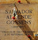 Santiago Chile (11th September 2007). Homage to former Chilean president Salvador Allende commemorating the 34th anniversary of the military coup agai...