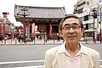 Portrait of a smiling senior man wearing glasses