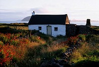 Cottage, near Dunquin, Dingle Peninsula, Co Kerry, Ireland