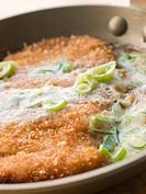 Katsu_Doncooking in A Japanese Frying Pan