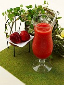 leaf, fruit, table mat, glass cup, strawberry juice, food styling, strawberry