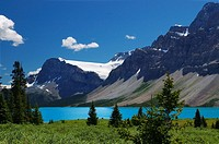 Crowfoot Mountain and Glacier with turquoise Bow Lake