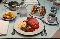 England - London - gastronomy - English breakfast (thumbnail)