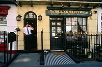 England _ London _ Maybelone district _ Baker Street _ Sherlock Holmes Museum