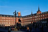 Spain _ Madrid _ Plaza Mayor _ silhouette of Statue of King Philip III