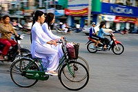 Vietnam _ The South _ The Delta of Mekong _ Can Tho _ Students