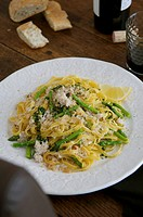 Fettuccine with Thai asparagus and crab sauce