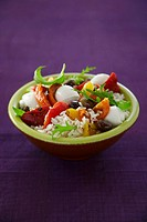 Rice salad with mozzarella and peppers