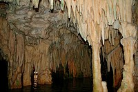 Greece : Diros cavern