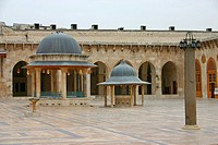 Syria - Aleppo - Great Mosque (thumbnail)