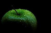 Apfel im Dunkeln3