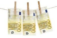 200 Euro Scheine waschen