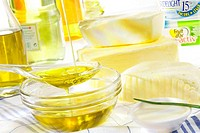 LIPID Olive oil, butter and margarine.