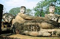 Statues in the Viharn, Wat Phra Kaeo, Kamphaeng Phet Historical Park, Kamphaeng Phet, Thailand