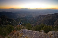 USA, New Mexico, Albuquerque from Sandia Mountains, Sandia Peak Tramway cablecar