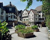 D-Muelheim an der Ruhr, Ruhrgebiet, Nordrhein-Westfalen, NRW, Altstadt, Fachwerkhaeuser, Tersteegen-Haus, Heimatmuseum, Blumen, Blumenkuebel, D-Muelhe...