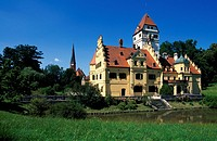 Moated castle, municipality of Schoenau, Lower Bavaria, Germany, Europe