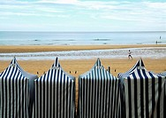 Sunshades and beach. Zarauz, Guip&#250;zcoa province, Pais Vasco, Spain