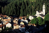 Switzerland, Europe, Tiefencastel, Canton Grisons, Graubunden, Grisons, Oberhalbstein, Tiefencastel village, houses, h