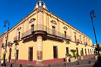 Low angle view of a building, Casa De La Cultura, Aguascalientes, Mexico