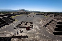 High angle view of tourists near pyramids, Piramide De La Luna, Street of the Dead, Teotihuacan, Mexico