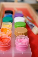 Close_up of watercolor paints on a paint tray