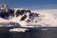 Lemaire Channel, Antarctic Peninsula, Antarctica, Polar Regions