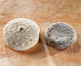 Chevre au poivre and Chevriou, French goat´s cheeses
